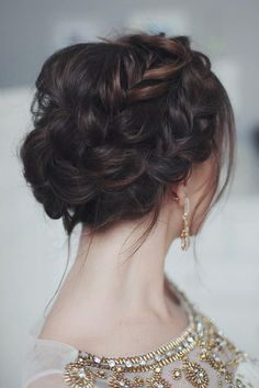 Homecoming Hairstyles 27 chic and easy wedding guest hairstyles 21 Cutest And Most Beautiful Homecoming Hairstyles