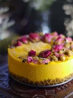 Golden Butternut Ice Box Cake (Raw & Free From: gluten & grains, dairy, nuts, and refined sugar)