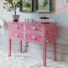 grahamandgreen.co.uk has the most beautiful furniture!