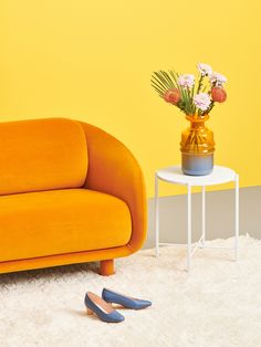 Floor Chair, Sofas, Flooring, Table, Furniture, Home Decor, Deco, Couches, Decoration Home