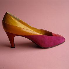 Vintage 1980s Bruno Magli Color Blocked Shoes $42.00 #vintageshoes #1980s #colorblocked #etsy