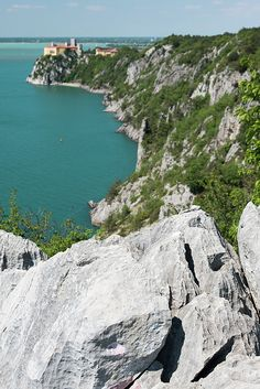Limestone rocks overlooking the sea. Beauty of the Coast of Friuli Venezia Giulia.
