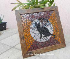 Gato em Lua de Prata Moldura em Peroba encerada - 37x37 Mosaico com Pastilhas Gold, Espelho e Azulejo