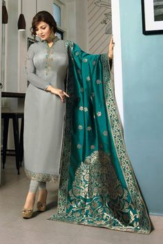 Alluring georgette party wear Having fabric georgette. Beautified with resham embroidery work which synchronized effectively with all design of the salwar suit. Comes with matching bottom and dupatta.Renovate your boutique collection by adding this s Party Wear Indian Dresses, Pakistani Fashion Party Wear, Designer Party Wear Dresses, Indian Fashion Dresses, Dress Indian Style, Indian Gowns, Dress Party, Indian Outfits, Stylish Dress Designs
