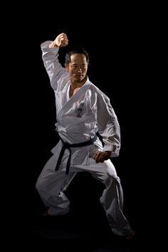 f04f40030 Akuzawa Sensei, ©Pierre Sivisay Tai Chi For Beginners, Karate, Martial Arts,