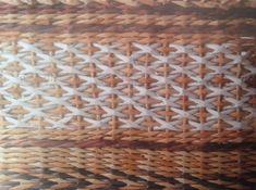Diamantová vazba - křížky :: Moje pletení z papíru Hanča Čápule