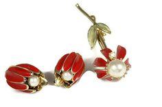 Vintage Coro Red Enamel Daisy Brooch Earrings Set by TheFashionDen
