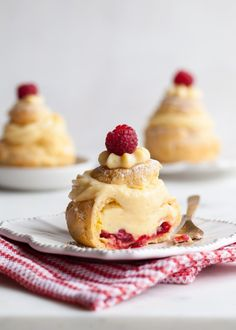 Christmas Cream Puffs with Cran-Berry Compote - Style Sweet CA