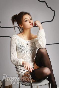 Date Ukrainian single girl Evgeniya: brown eyes, dark brown hair, 20 years old|ID144784