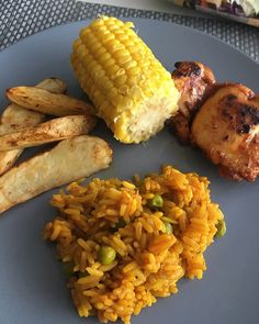 This Cheeky Nando's recipe is completely Slimming World friendly. Feel free to give the full meal a go or pick and choose what you create. The rice is also perfect with Fajitas, Curry, Chilli or even just on it's own. Slimming World Shopping List, Aldi Slimming World, Nando's Chicken, Chicken Recipes, Cheeky Nandos, Sw Meals, Syn Free, Weight Loss Blogs, Salads