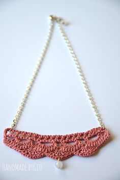 Scalopped pendant necklace hand crocheted jewerly by HandMadebyGio