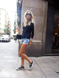 street style, denim shorts & all stars