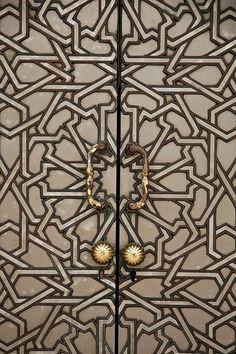 oriental influences door surface