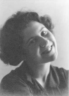 Explore the best Etty Hillesum quotes here at OpenQuotes. Quotations, aphorisms and citations by Etty Hillesum Nazi Propaganda, Open Quotes, Writers And Poets, Spiritual Teachers, European History, S Quote, Funny Facts, Vintage Photographs, Inspire Me