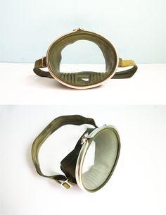 Vintage Scuba Pro Diving Mask Green Rubber. €23,00, via Etsy.
