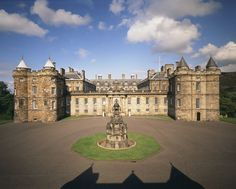 Дворец Холирудхаус, Великобритания