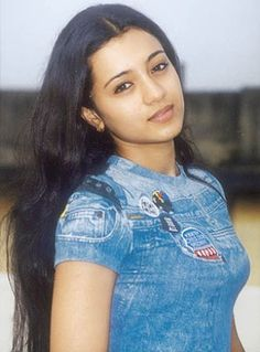 10 Best Photos of Trisha Krishnan Without Makeup : We never tire of catching our favorite telugu and tamil celebrities without their makeup on. Here is a 10 Best Trisha Krishnan Without Makeup images. Make Up Looks, Beautiful Saree, Beautiful Indian Actress, Actress Without Makeup, Trisha Photos, Trisha Actress, Trisha Krishnan, Star Wars, Actress Pics