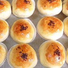 susycake 085733113910 (@susycake060469) • Instagram photos and videos Resepi Cookies, Hamburger, Muffin, Bread, Breakfast, Videos, Photos, Instagram, Food