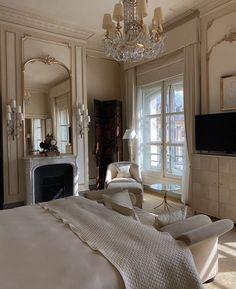Dream Rooms, Dream Bedroom, Dream Home Design, Home Interior Design, Decoration Chic, Dream Apartment, Aesthetic Room Decor, My New Room, House Rooms