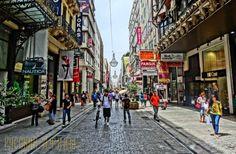 Улица Эрму — на 25 месте из самых дорогих торговых точек в мире http://feedproxy.google.com/~r/russianathens/~3/-6F7WkQmf2U/19317-ulitsa-ermu-na-25-meste-iz-samykh-dorogikh-torgovykh-tochek-v-mire.html  Улица Эрму - центральная торговая точка в самом сердце Афин занимает 25-е место в списке самых дорогих торговых улиц в мире, - показал ежегодный отчет международной консалтинговой компании недвижимости Cushman & Wakefield.
