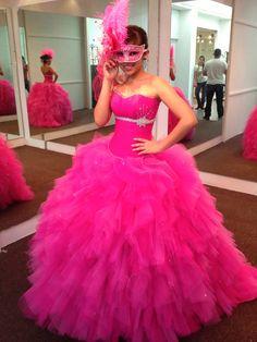 http://bimg1.mlstatic.com/vestido-15-anos-rosa-de-disenadora-carolina-gonzalez-guad_MLM-F-4135046663_042013.jpg