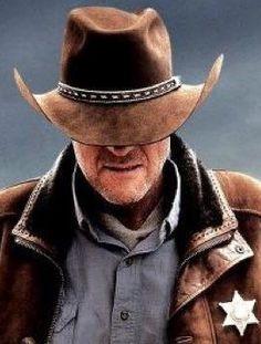 Walt from Longmire based on Craig Johnson's fantastic novel series. Robert Taylor Longmire, Walt Longmire, Longmire Tv Series, Longmire Cast, Cowboy Hat Bands, Craig Johnson, Ranger, Clint Walker, Great Tv Shows