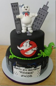 Amazing Ghost Busters 6th birthday cake with Slimer and Stay Puft Marshmallow Man