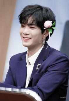 #JR || #NUESTW Nu'est Jr, 22 November, Dream Boy, Nu Est, Flower Boys, Kpop, Pledis Entertainment, Jonghyun, K Idols