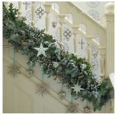 Looking for Christmas hallway decorating inspiration? These Christmas ideas will turn any humble hallway into a grand entrance Christmas Hallway, Christmas Stairs Decorations, Noel Christmas, Winter Christmas, Christmas Wreaths, Simple Christmas, Christmas Staircase Garland, Xmas Stairs, Beautiful Christmas