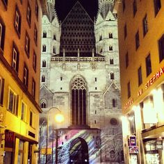 #wien #vienns #stephansdom Vienna, Times Square, Street View, Travel, Voyage, Viajes, Traveling, Trips, Tourism