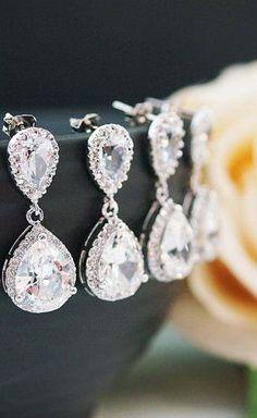Bridal Earrings {set of 5} - love this shop!