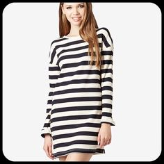 TOPSHOP Blue & White Stripe Ribbed Tunic Dress NWT TopShop long sleeve tunic dress. US Size 4. Ribbed material. Dark navy blue and white stripe. 20% off entire purchase when bundled! Topshop Dresses Long Sleeve