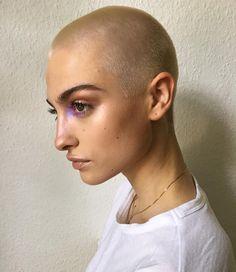 "lavendergin: "" https://www.instagram.com/p/BIM3_P1Bb7w/ """