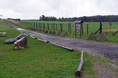 Die Reste des Eisernen Vorhangs bei Čížov #radweg #ironcurtain Plants, Europe, Nature, Viajes, Plant, Planets