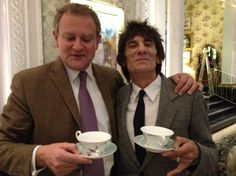 Hugh Bonneville (Downton Abbey) and Ronnie Wood (Rolling Stones) enjoy a cup of tea