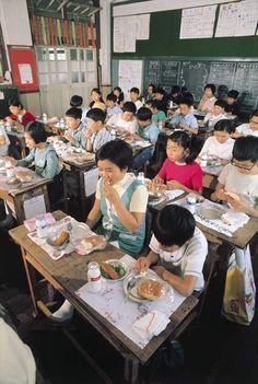 classroom lunchtime 昭和の子供 showa 1960