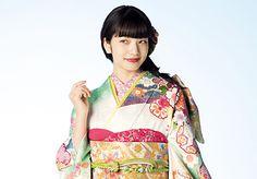 小松菜奈による振袖のスペシャルページ|京都きもの友禅