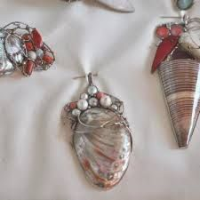 Imagini pentru marian nacu bijutier Napkin Rings, Jewelry Design, Jewels, Home Decor, Decoration Home, Jewerly, Room Decor, Gemstones, Home Interior Design
