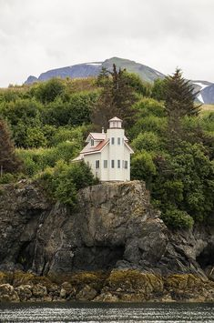 Lighthouse Photograph - Halibut Cove Lighthouse by Phyllis Taylor