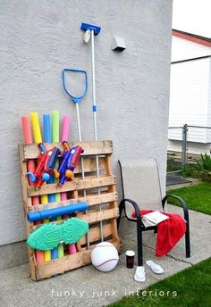 Corral Summer Clutter With A Shipping Pallet — Funky Junk Interiors Pool Toy Storage, Outdoor Storage, Pallet Storage, Storage Ideas, Outdoor Toys, Storage Solutions, Backyard Storage, Garage Storage, Outdoor Play