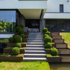 best choos stairs design ideas for inspiring home front 20 Backyard Hill Landscaping, Modern Landscaping, Landscape Stairs, Landscape Design, Garden Ideas Terraced House, Minimalist Garden, Outdoor Stairs, House Front Design, Small Garden Design