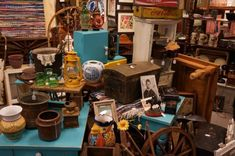 10 Stops on the Texas Hill Country Antiques Trail You Need to Visit http://www.wideopencountry.com/10-stops-texas-hill-country-antiques-trail-need-visit/?utm_content=buffer93008&utm_medium=social&utm_source=pinterest.com&utm_campaign=buffer#slide-11