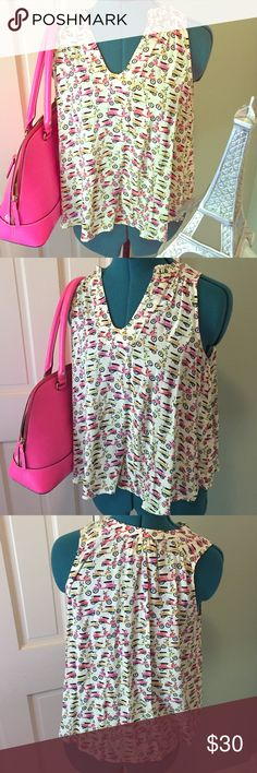 ANTHROPOLOGIE moped printed rayon blouse 4 🏍 Love this top and its in mint condition. 100% rayon. Maeve brand from anthro. Kate Spade purse for sale in my closet💕🎀💕 Anthropologie Tops Blouses