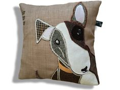 Meet Bullseye the tweedy bully dog, English Bull Terrier cushion. by Jillygriffindesigns on Etsy Bully Dog, English Bull Terriers, Pit Bulls, Bullies, Sewing Ideas, Sewing Crafts, Lovely Things, Paper Craft, Real Life