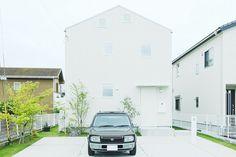 一番こだわったのは生活の動線です | 入居者インタビュー | みんなで考える住まいのかたち | MUJI HOUSE VISION House Tokyo, Muji Home, Japanese House, Interior Architecture, Minimalism, Exterior, Garden, Design, Ideas