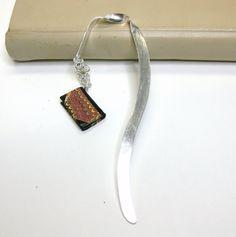 Håndlaget bokmerke i sølv med minibok Handmade Silver, Silver Jewelry, Silver Jewellery, Handmade Sterling Silver, Silverware Jewelry