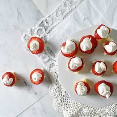 Strawberry Shortcake Sliders with Homemade Whip cream! SO easy for summer!  -- Tatertots and Jello