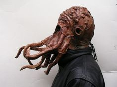 Leather Cthuhlu Mask. could also be a d and d mind flayer