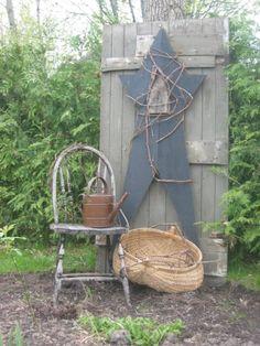 ... BOARD ~ ♥ / Primitive Garden Needfuls...by willowtreeprimitives
