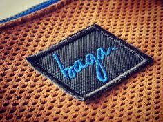 Baga. Label.  Síguenos en @bagabg Bagan, Label, Card Holder, Wallet, Hands, Pocket Wallet, Handmade Purses, Diy Wallet, Purses